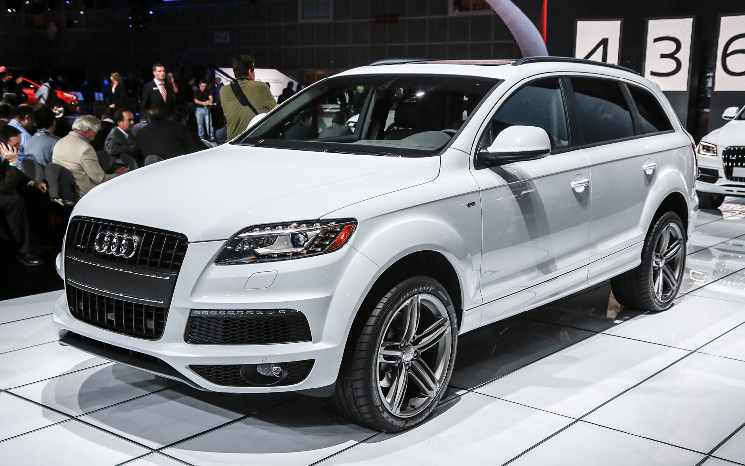 2014 Audi Q7 Review for the Family car market