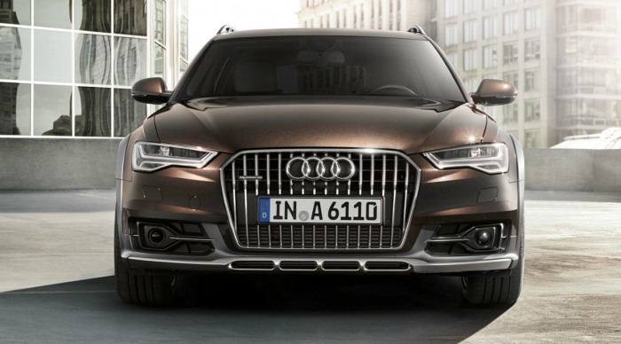 Front view of the Audi A6 Quattro